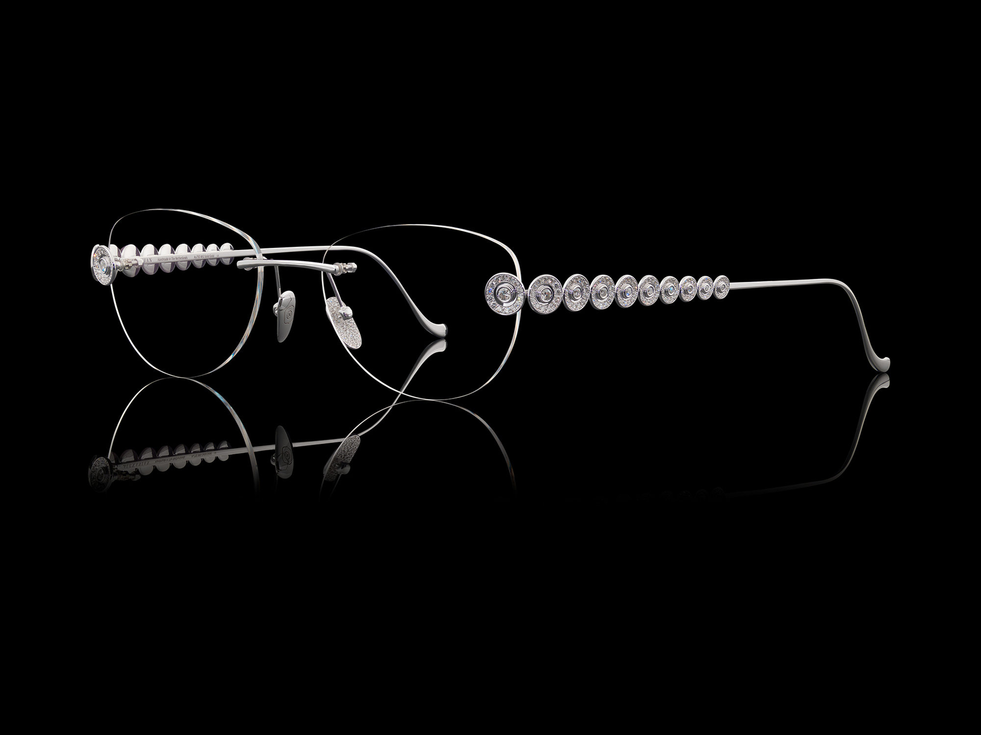 Alexanian Eyewear White gold frame with diamonds